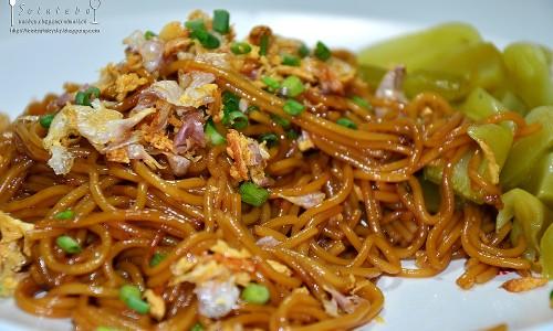 เมนูอาหารเจ  ขนมจีนผัดซีอิ๊ว (สูตรอาหารเจ)
